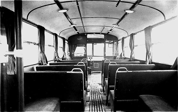 Троллейбус Инстербург внутри
