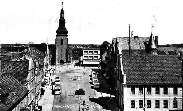 Insterburg Alter Markt with buses und trolleybuses