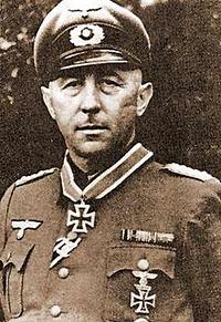 Oberst Ernst KNEBEL