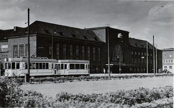 Koenigsberg Hauptbahnhof Strassenbahn Linie 2