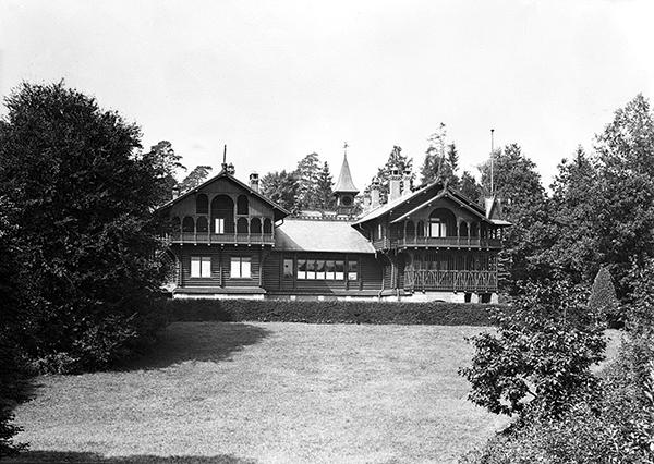 Императорский охтничий замок Роминтен Schloss Rominten