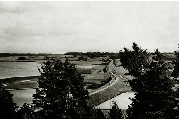 Eisenbahnlinie am Goladper See