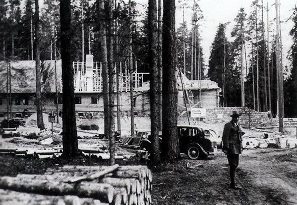 Reichsjagerhof Rominten im Bau 1936