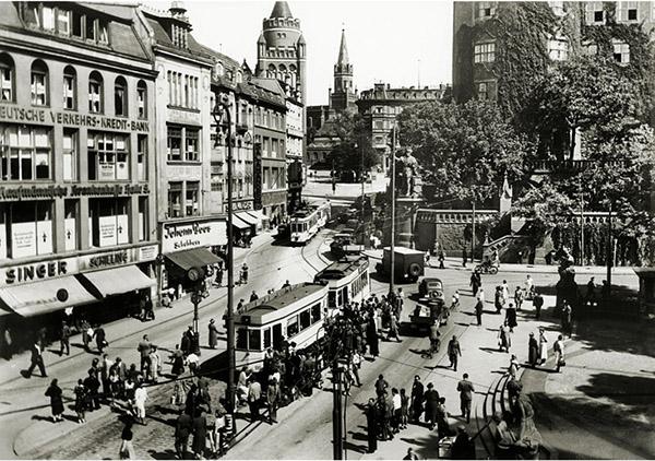 Kaiser-Wilhelm-Platz tramway
