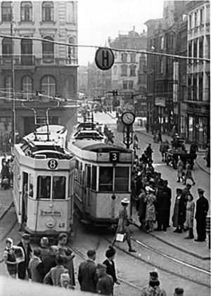 Kaiser-Wilhelm-Platz tramways