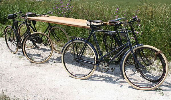 WWI Bicycle-Ambulance