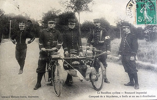 WWI-bicycle-ambulance France