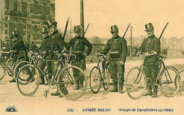 carabiniers_cyclistes