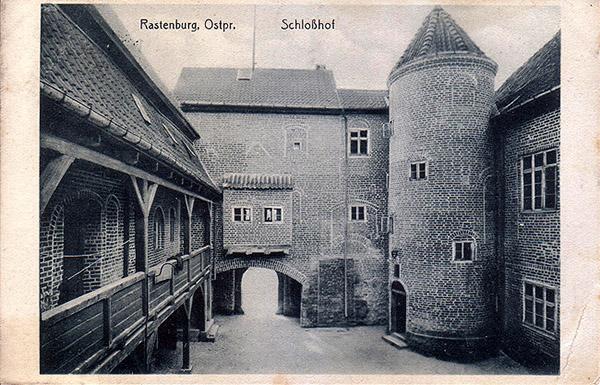 Rastenburg Schlosshof 1932