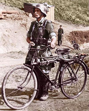 Spanish Soldier-Leningrad 8-42 bicycle