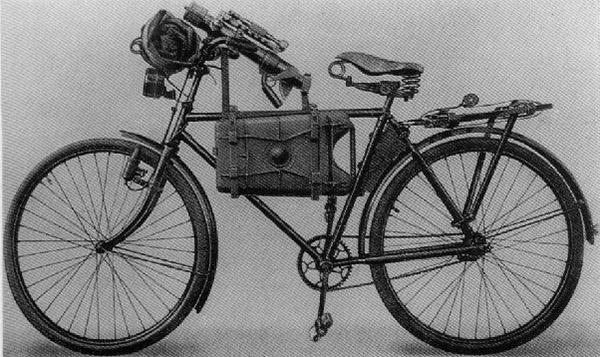 Truppenfahrrad mit Granatwerfer 36