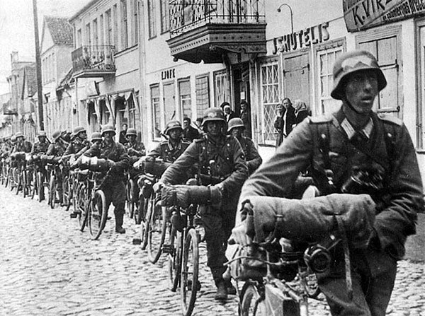 Wehmacht cyclists in Kaunas 1941